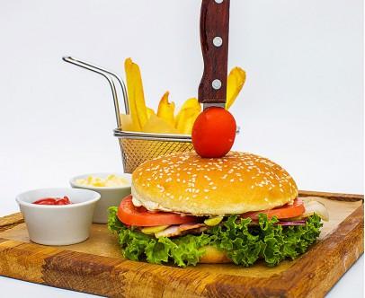 Гамбургер с куриным филе